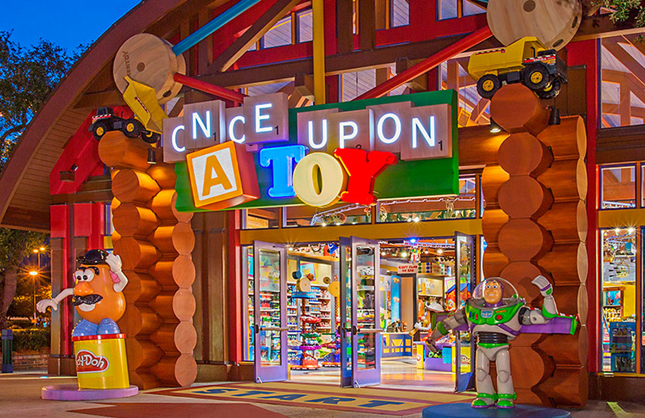 01-DISNEYS-ONCE-UPON-A-TOY-STORE